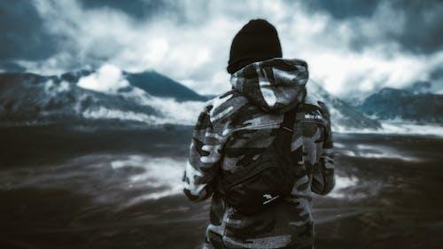 Fotobanka sbezplatnými fotkami na tému dobrodružstvo, exteriér, hora, horská turistika