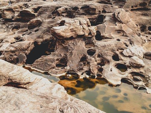Základová fotografie zdarma na téma barva, denní světlo, díry, geologický útvar