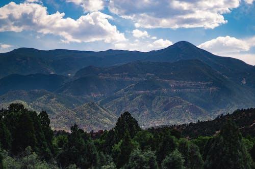 Immagine gratuita di colorado, giorno soleggiato, montagna, nuvole