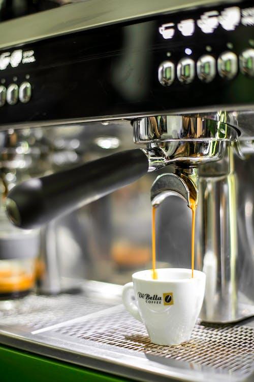 Darmowe zdjęcie z galerii z ciekły, drink, ekspres do kawy, espresso