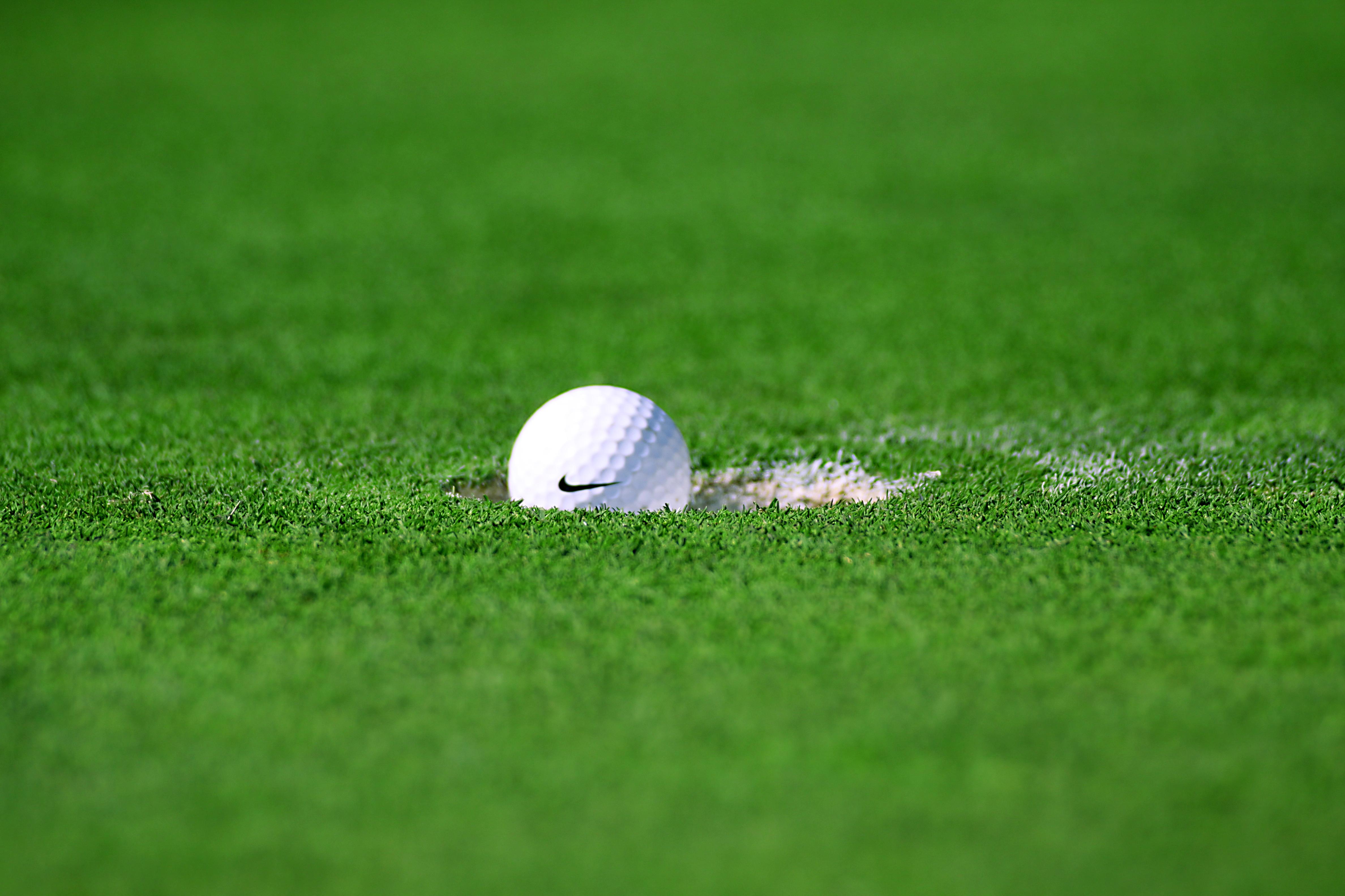 ゴルフ ゴルフボールの無料の写真素材