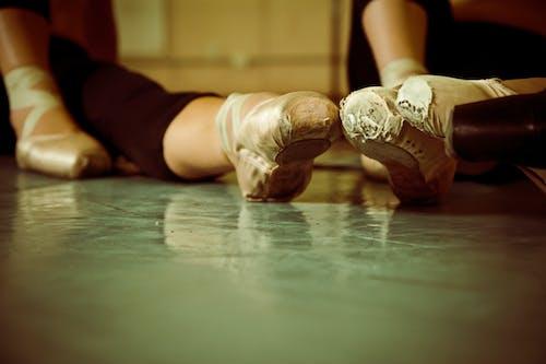 Foto stok gratis penari balet, sepatu balet