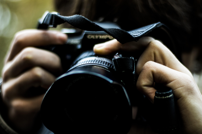Gratis lagerfoto af close-up, fotograf, fotografi, handling