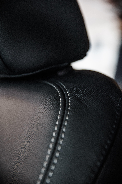Fotos de stock gratuitas de asiento, clásico, cuero, detalles