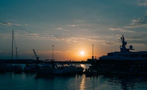 คลังภาพถ่ายฟรี ของ จอดเรือ, ชั่วโมงทอง, ชายทะเล, ดวงอาทิตย์