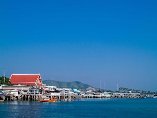 Fotos de stock gratuitas de agua, arboles, arquitectura, bahía