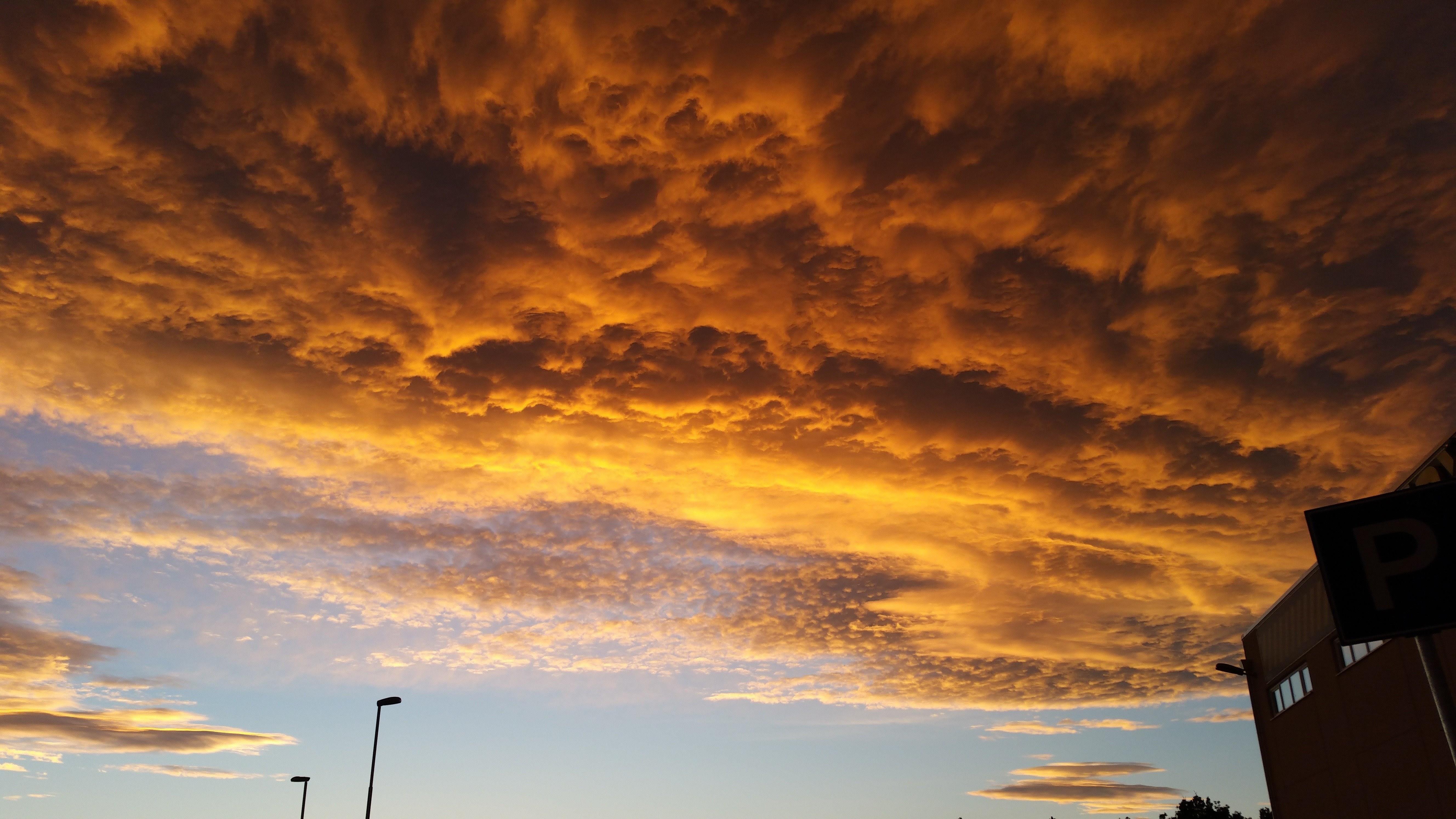 Free stock photo of dramatic sky, golden sunset, sky