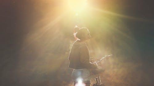 คลังภาพถ่ายฟรี ของ คน, จักรยาน, ดวงอาทิตย์, ตะวันลับฟ้า