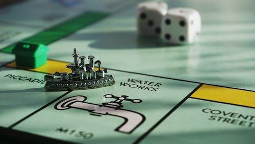 壟斷, 棋盤遊戲, 玩具, 玩耍 的 免费素材照片
