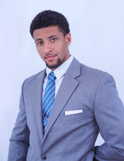 Gratis stockfoto met Afro-Amerikaans, Afro-Amerikaanse mensen, designer pakken, gekleurde man