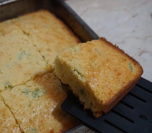 Kostnadsfri bild av majsbröd, matportioner, serveras mat, servering