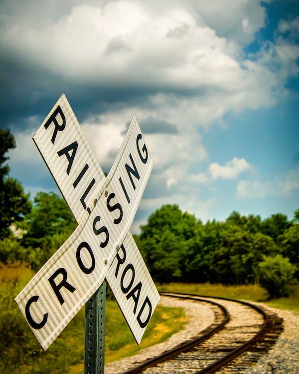 bezpečnosť, cedule, cesta je cieľ