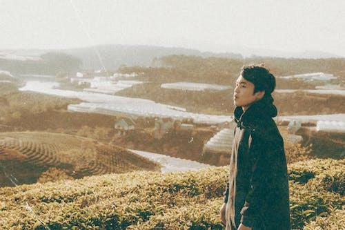 Безкоштовне стокове фото на тему «азіатський чоловік, гори, Денне світло, жінка»
