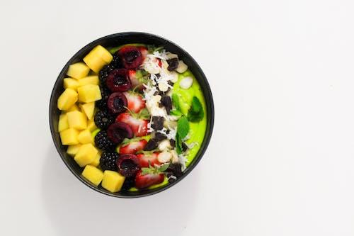 Darmowe zdjęcie z galerii z dieta, fotografia kulinarna, mieszane owoce, miska