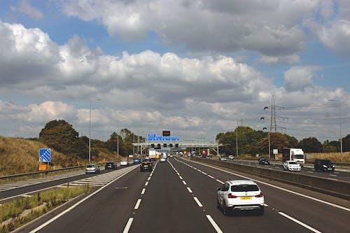 乾淨的道路, 公路, 城市, 大不列顛 的 免費圖庫相片