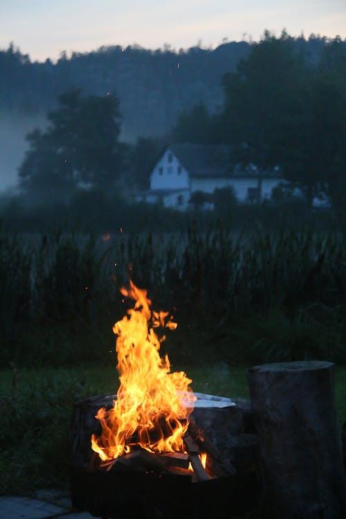 Бесплатное стоковое фото с adrspach, атмосфера, вечер, костер