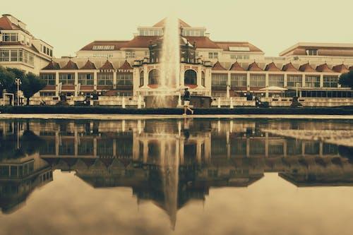 Darmowe zdjęcie z galerii z architektura, budynki, fontanna, kanał