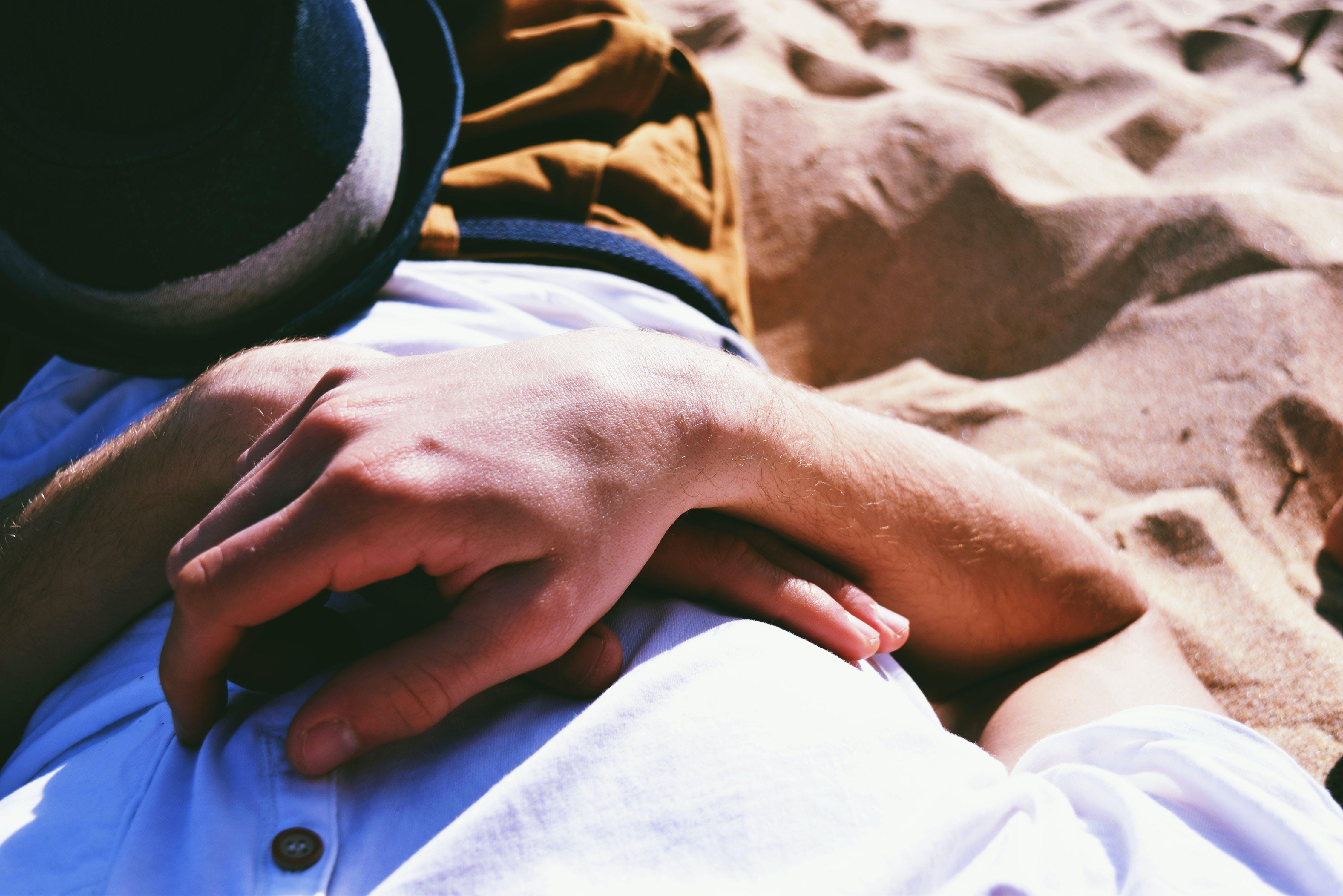 fekvő, Férfi, homok
