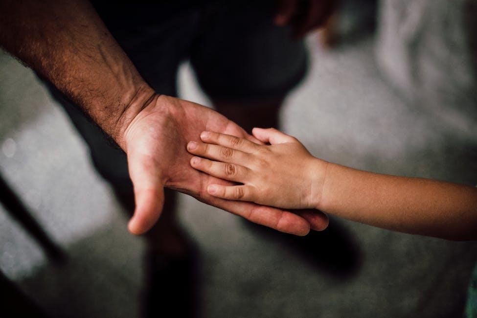Solicitar ayuda económica por hijo o menor en régimen de acogimiento