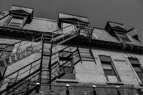 Безкоштовне стокове фото на тему «maison, артистичний, барвистий, чорно-білий»