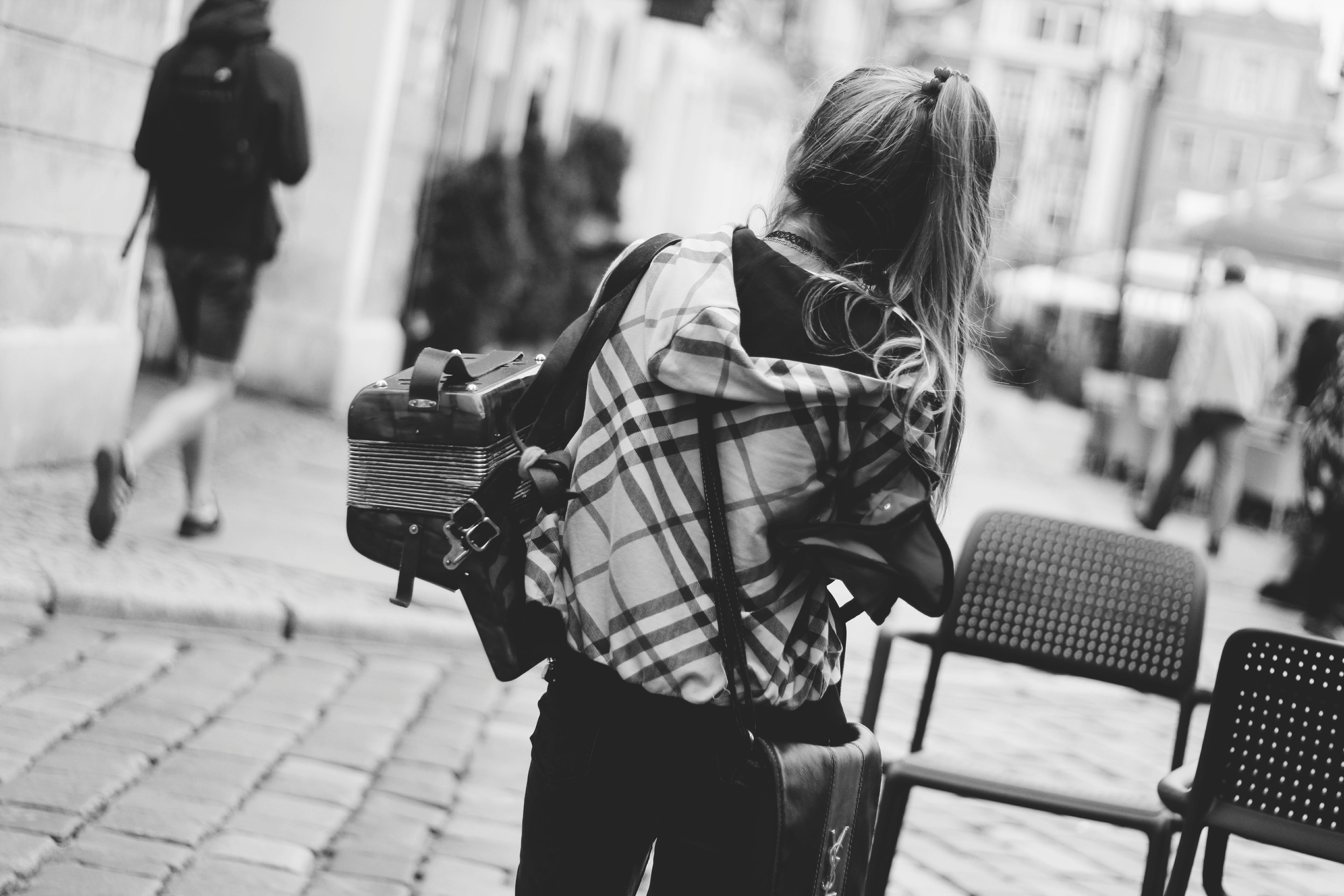 シティ, デッキチェア, 昼間, 服の無料の写真素材