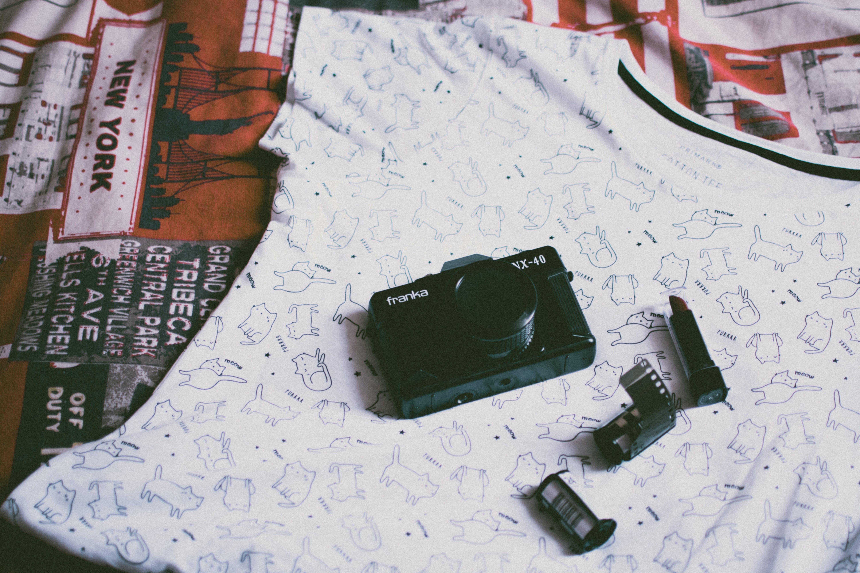 Kostenloses Stock Foto zu kamera, technologie, hemd, film