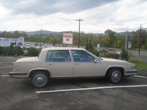 Free stock photo of 1986 Chrysler
