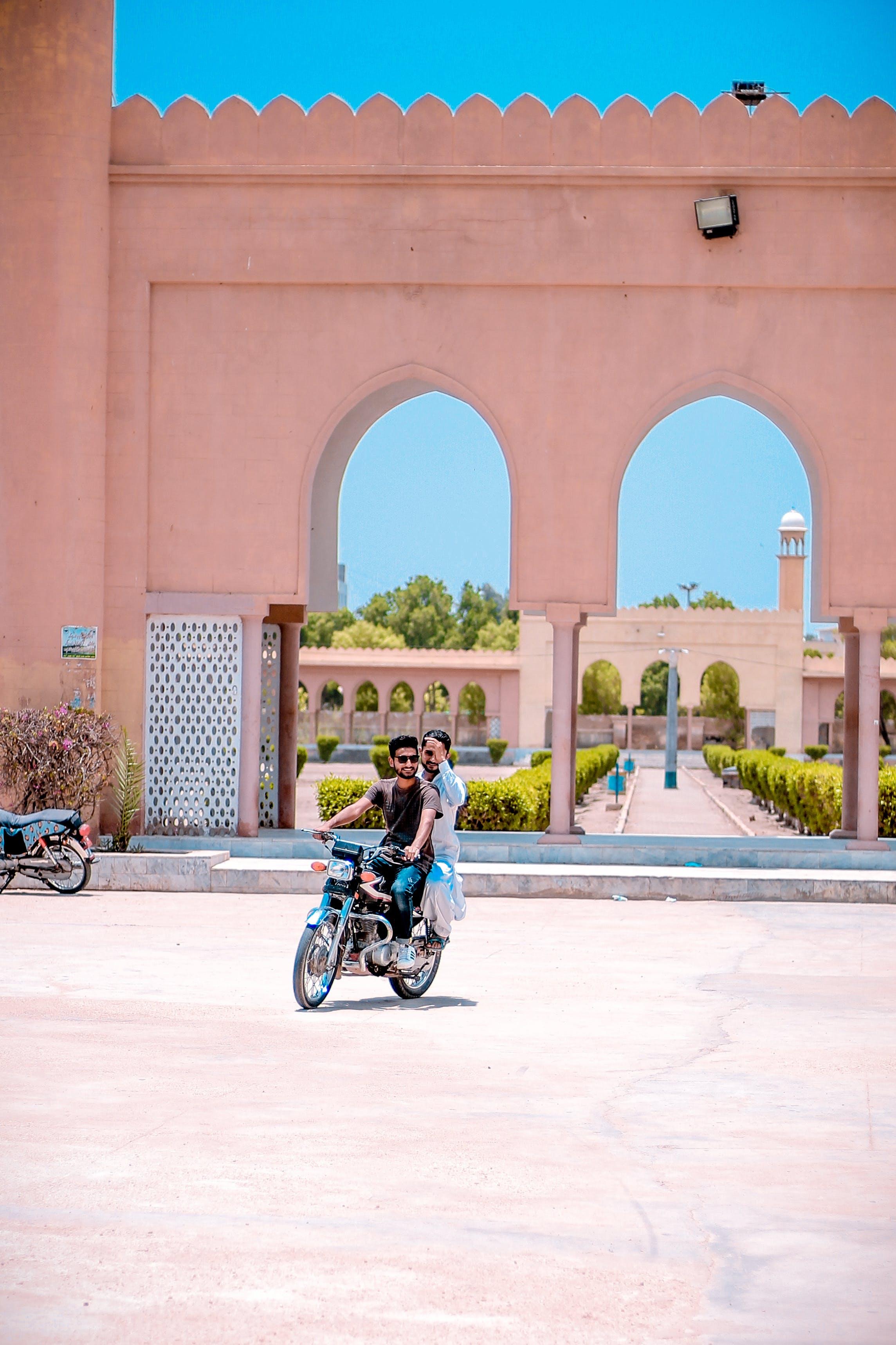 摩托車, 海德拉巴信德, 男, 街 的 免費圖庫相片