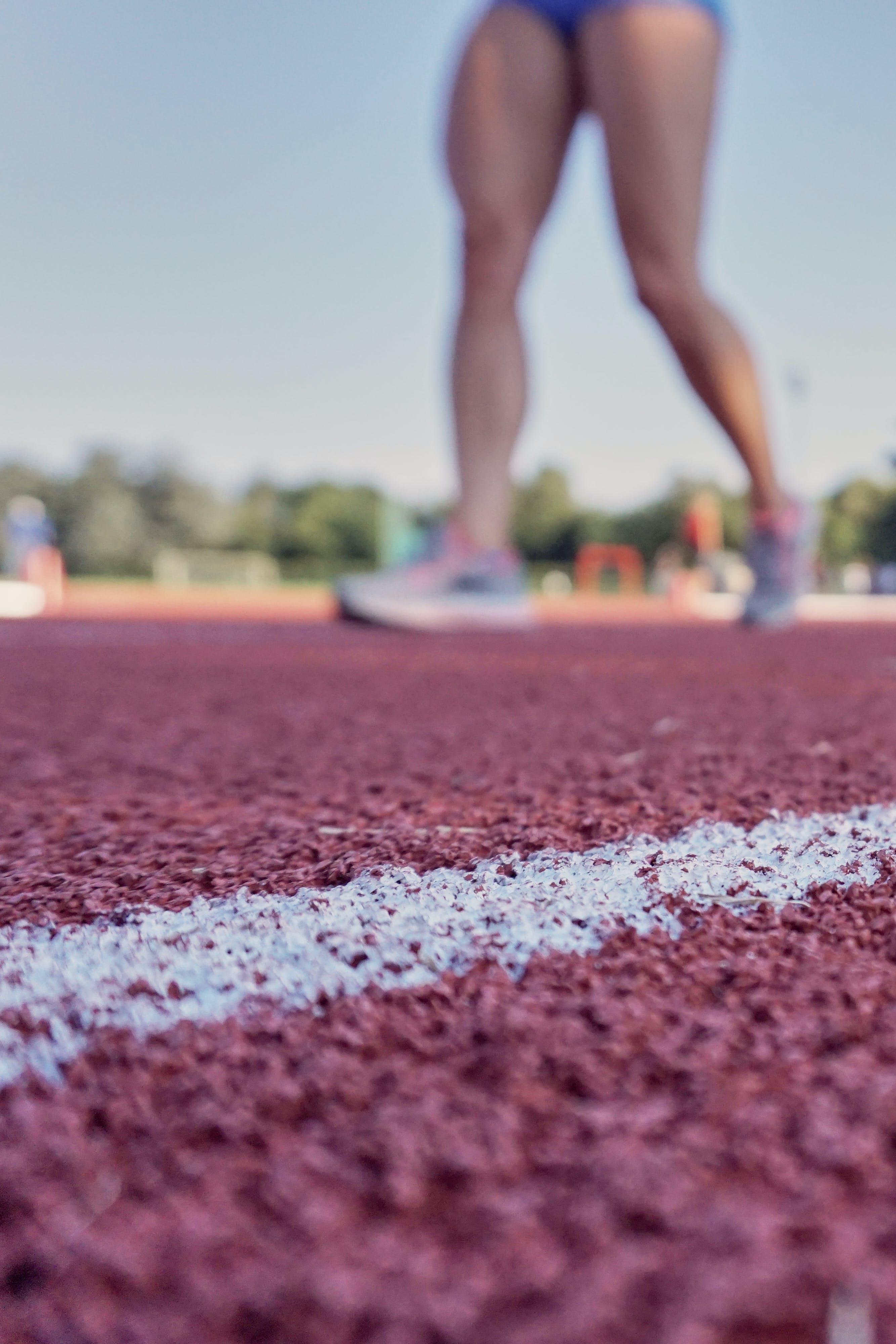 Kostenloses Stock Foto zu athlet, ausbildung, boden, feld
