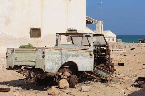 Foto profissional grátis de carro antigo, toyota
