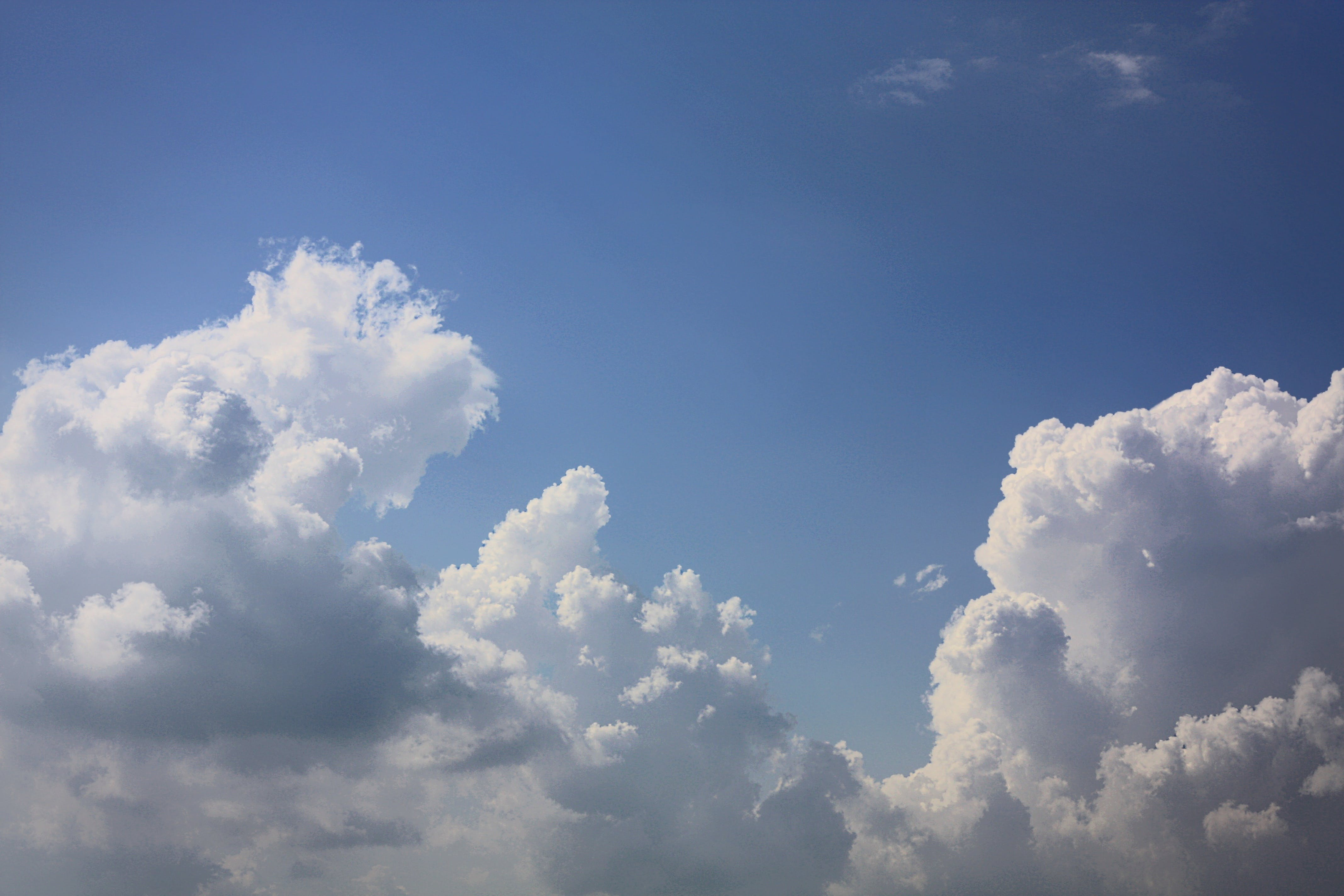 Free stock photo of atmosphere, blue, clear, clouds