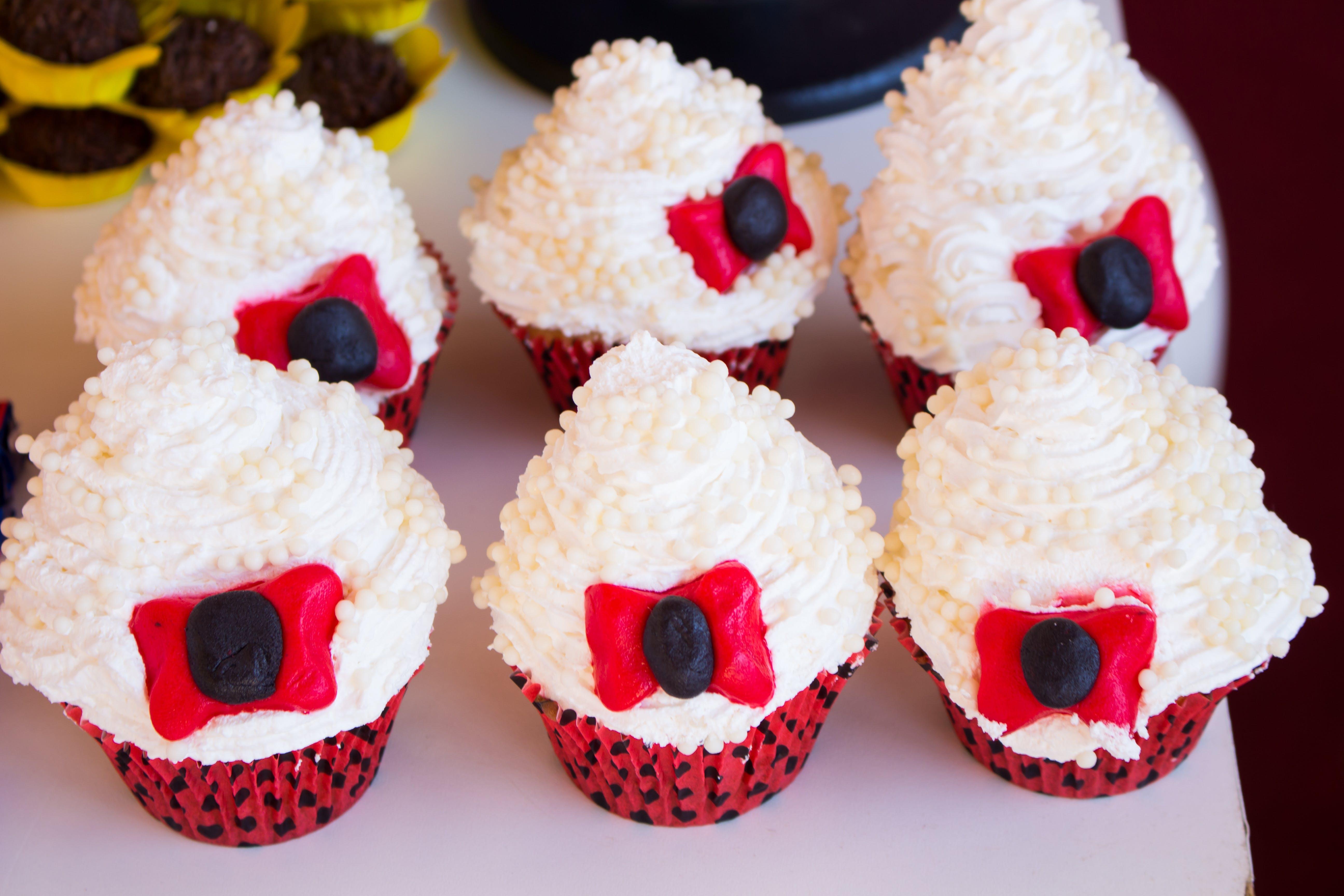 Kostenloses Stock Foto zu cupcake, geburtstag, süßigkeiten, süßigkeitenladen