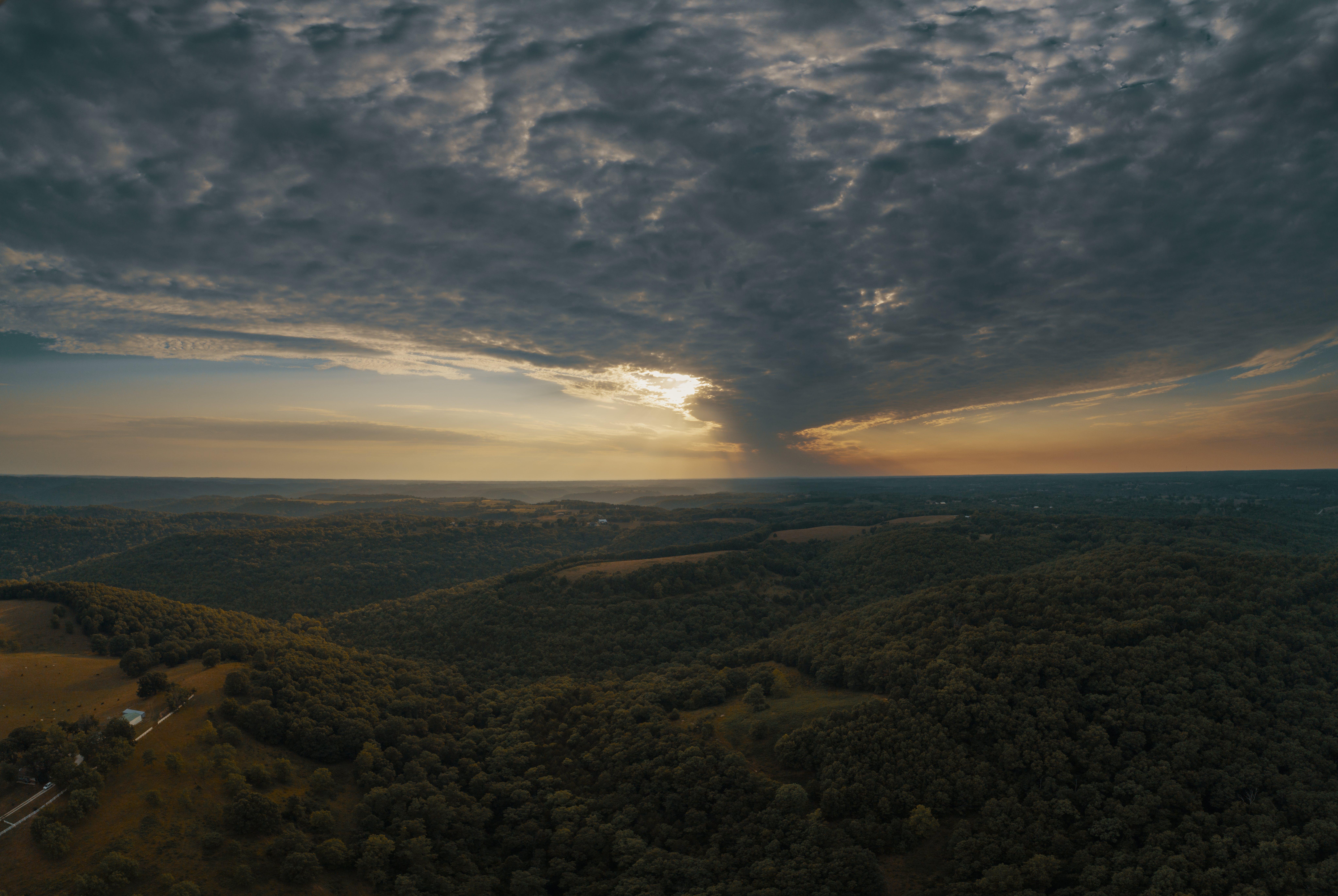 Kostenloses Stock Foto zu berg, dämmerung, himmel, landschaftlich