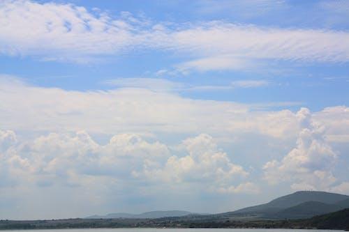 Gratis lagerfoto af bjerg, blå, gammel by, gratis baggrund