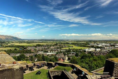 Foto d'estoc gratuïta de blau, castell, cel, estrident
