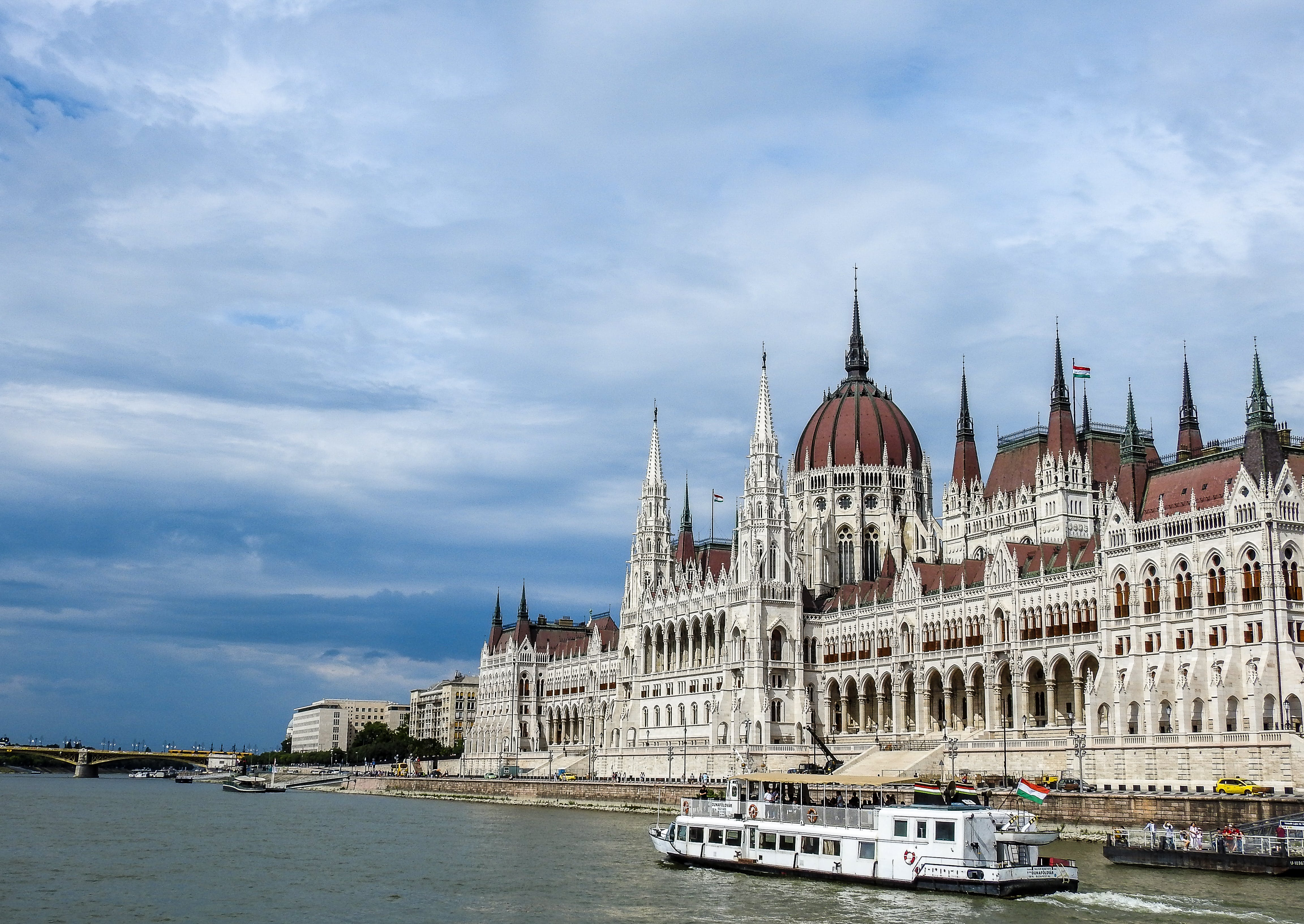 Free stock photo of boats, Budapest, danube river, hungarian parliament building