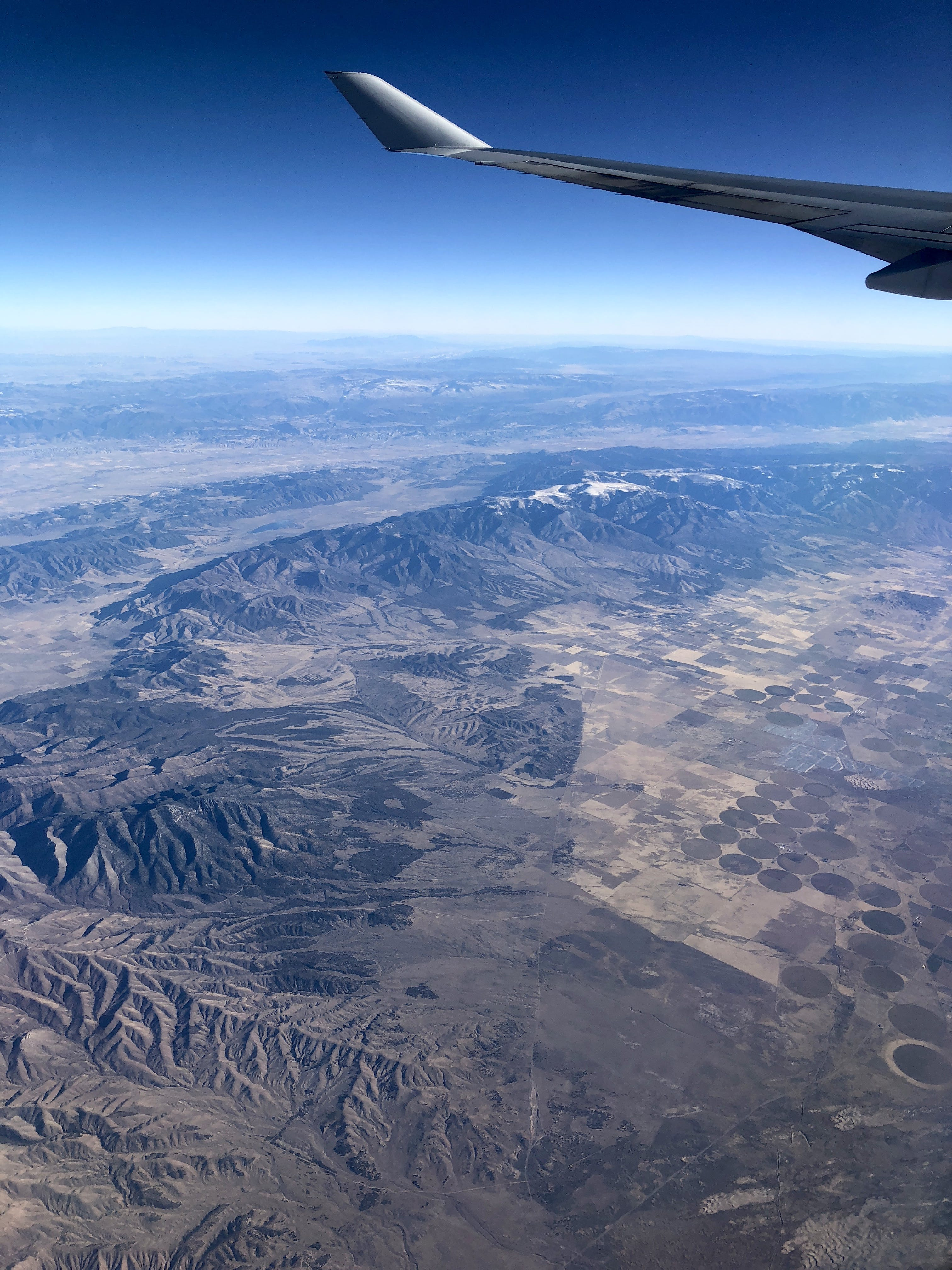 Fotos de stock gratuitas de ala de avión, ambiente, angulo alto, avión