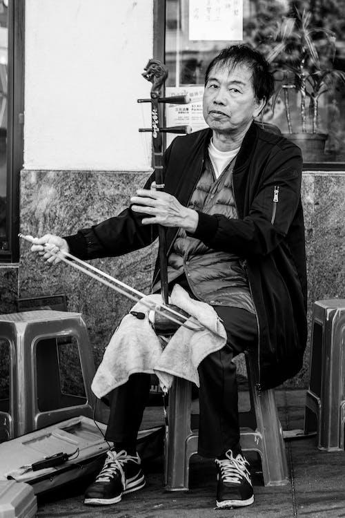Kostenloses Stock Foto zu asiatisch, asiatischer mann, asiatisches instrument, chinesisch
