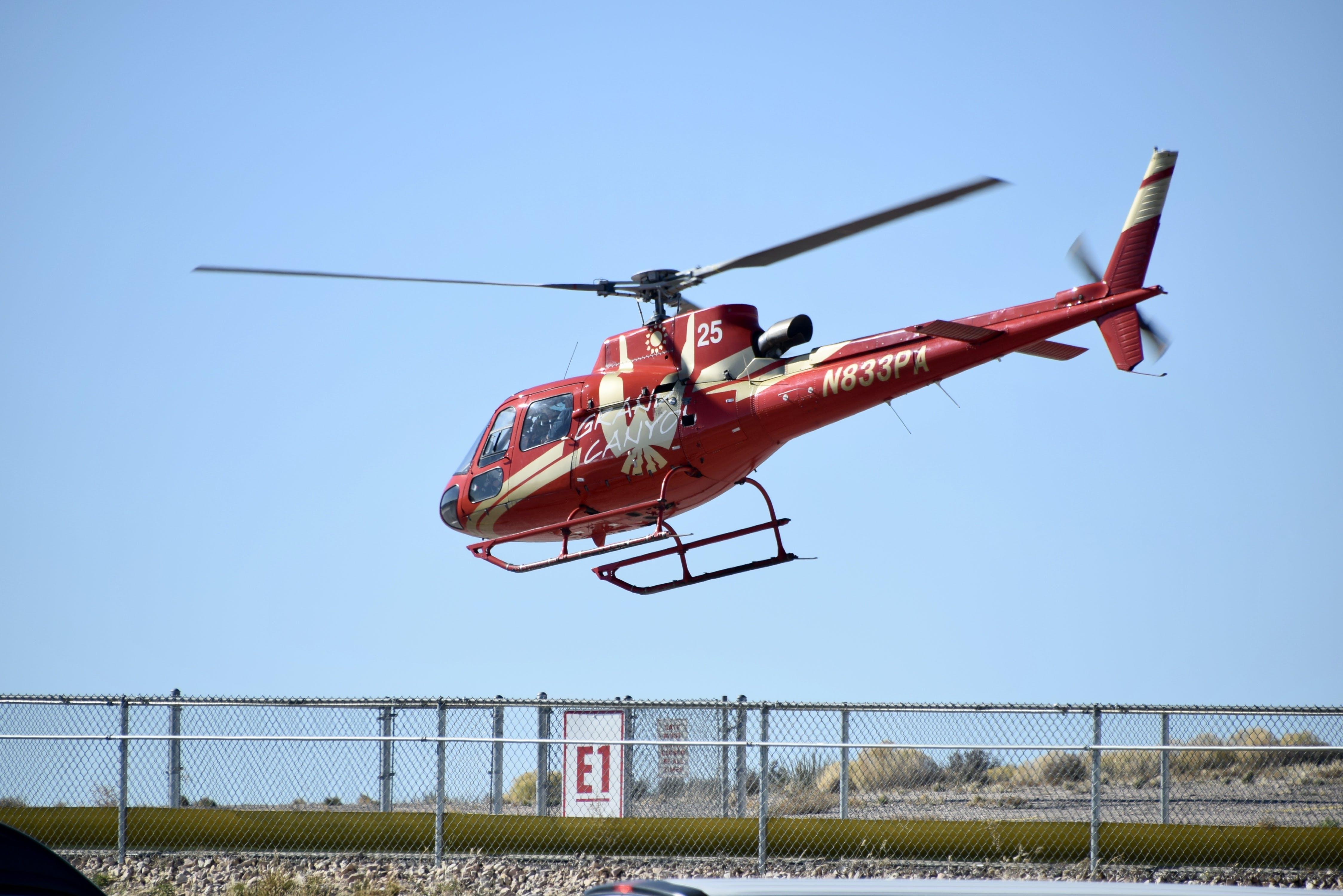 Fotos de stock gratuitas de álabes del rotor, bahía de helicópteros, cerca, cielo