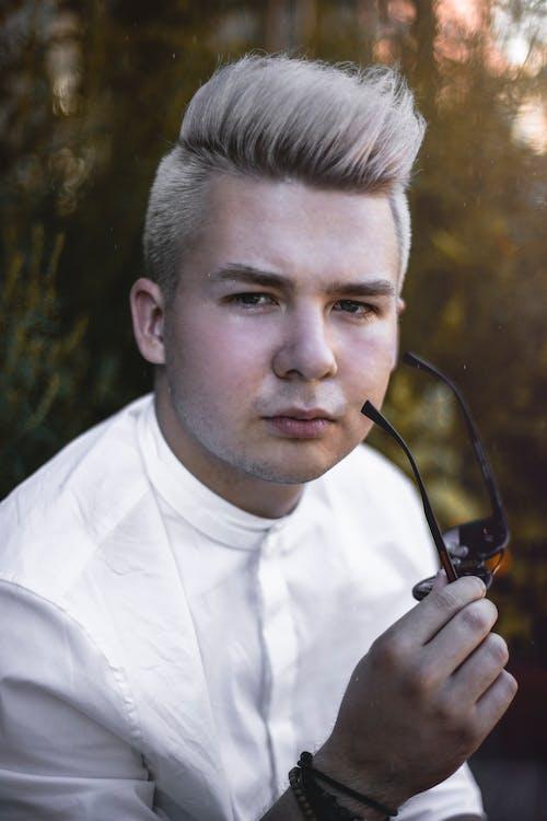 Бесплатное стоковое фото с белый, блондинка, Взрослый, выражение лица