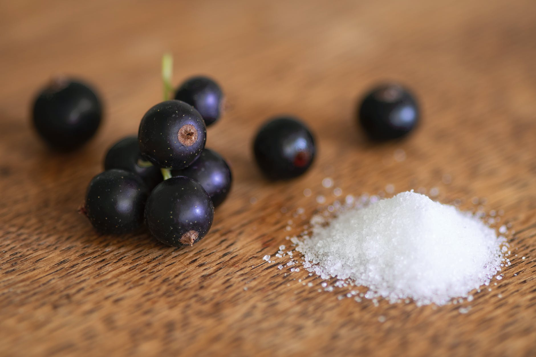 salt with grapes