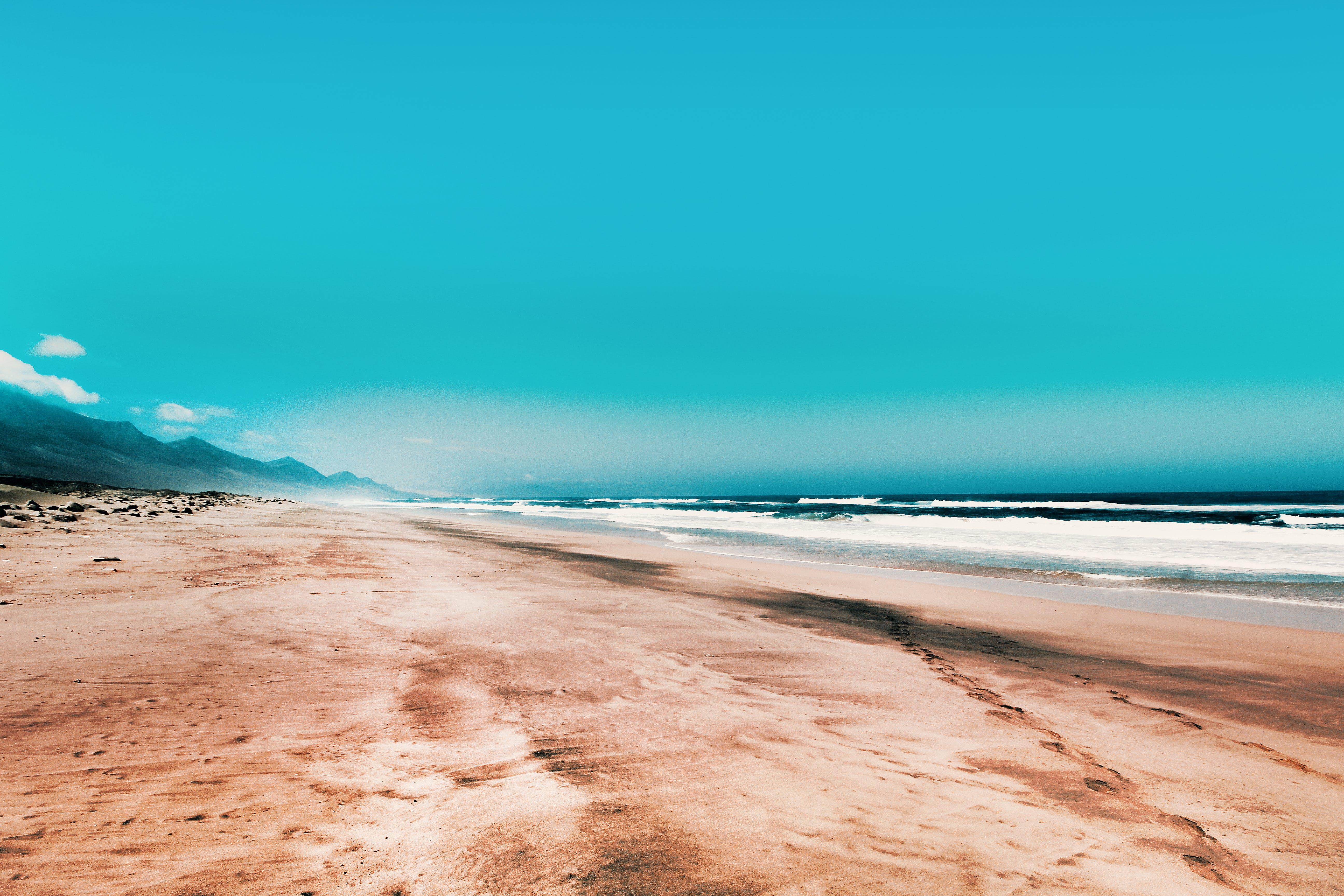 Foto d'estoc gratuïta de acomiadar-se, aigua, cel, cel clar
