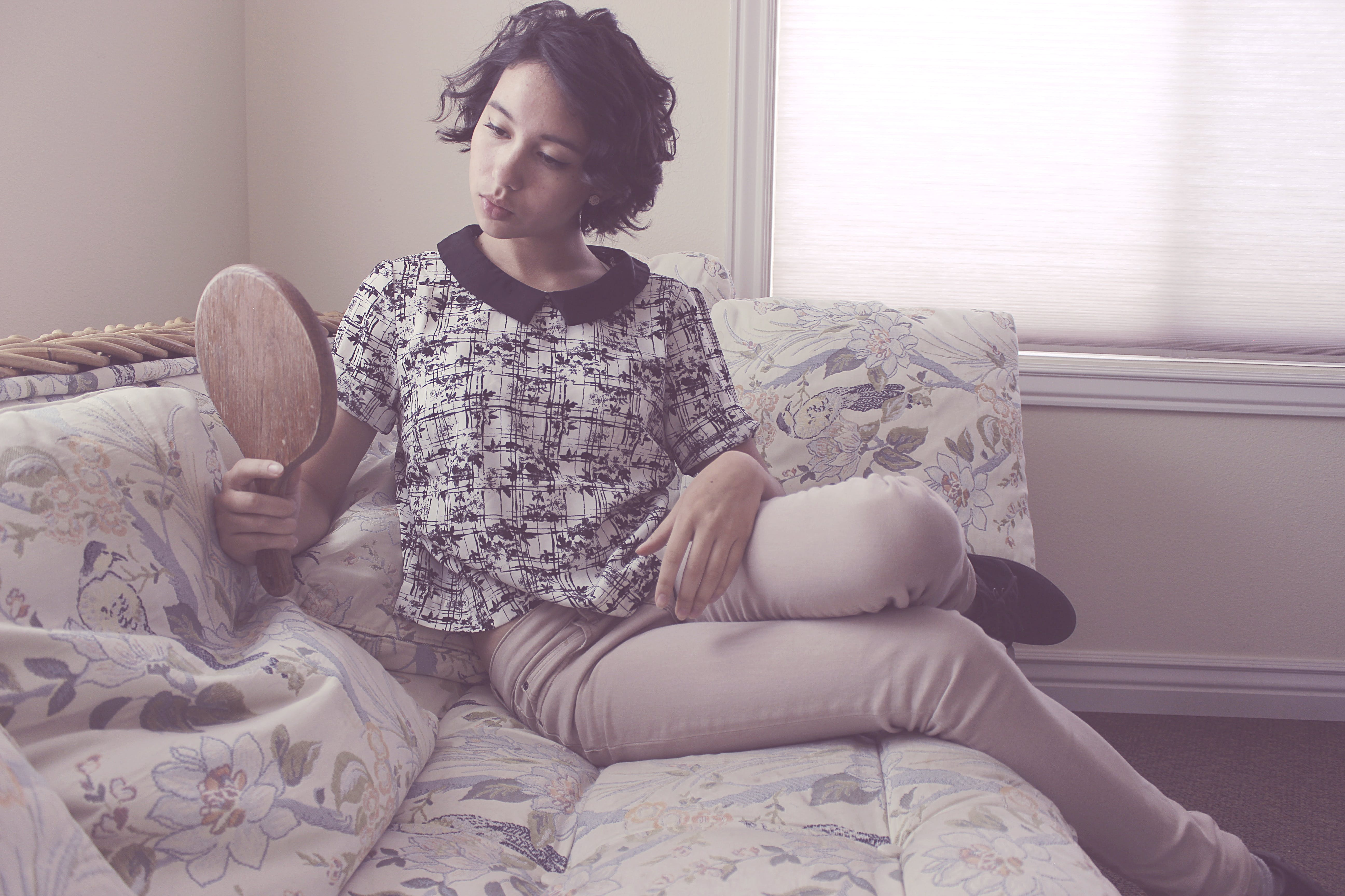 Gratis stockfoto met bed, binnenshuis, chillen, comfort