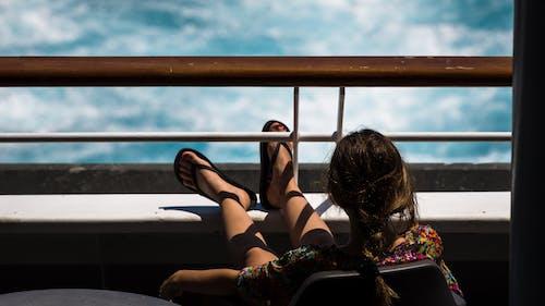 Gratis lagerfoto af afslapning, dame, dybde, ferie