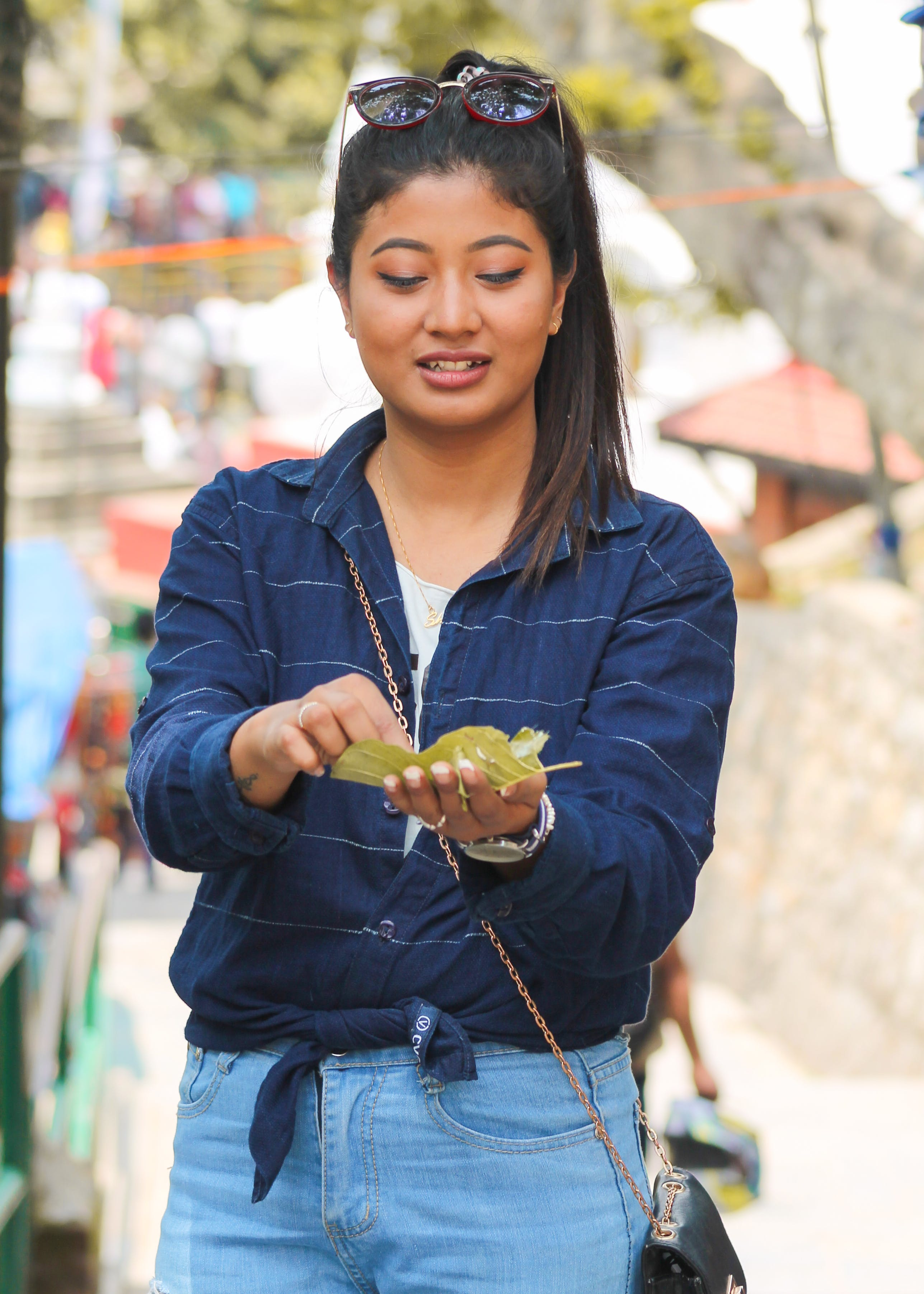 Free stock photo of blue jeans, eating, girl, nepal