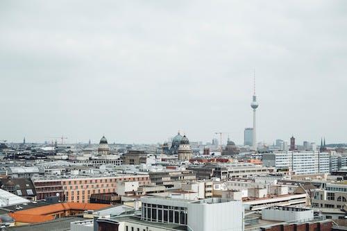 Foto d'estoc gratuïta de cel, centre de la ciutat, ciutat, edificis