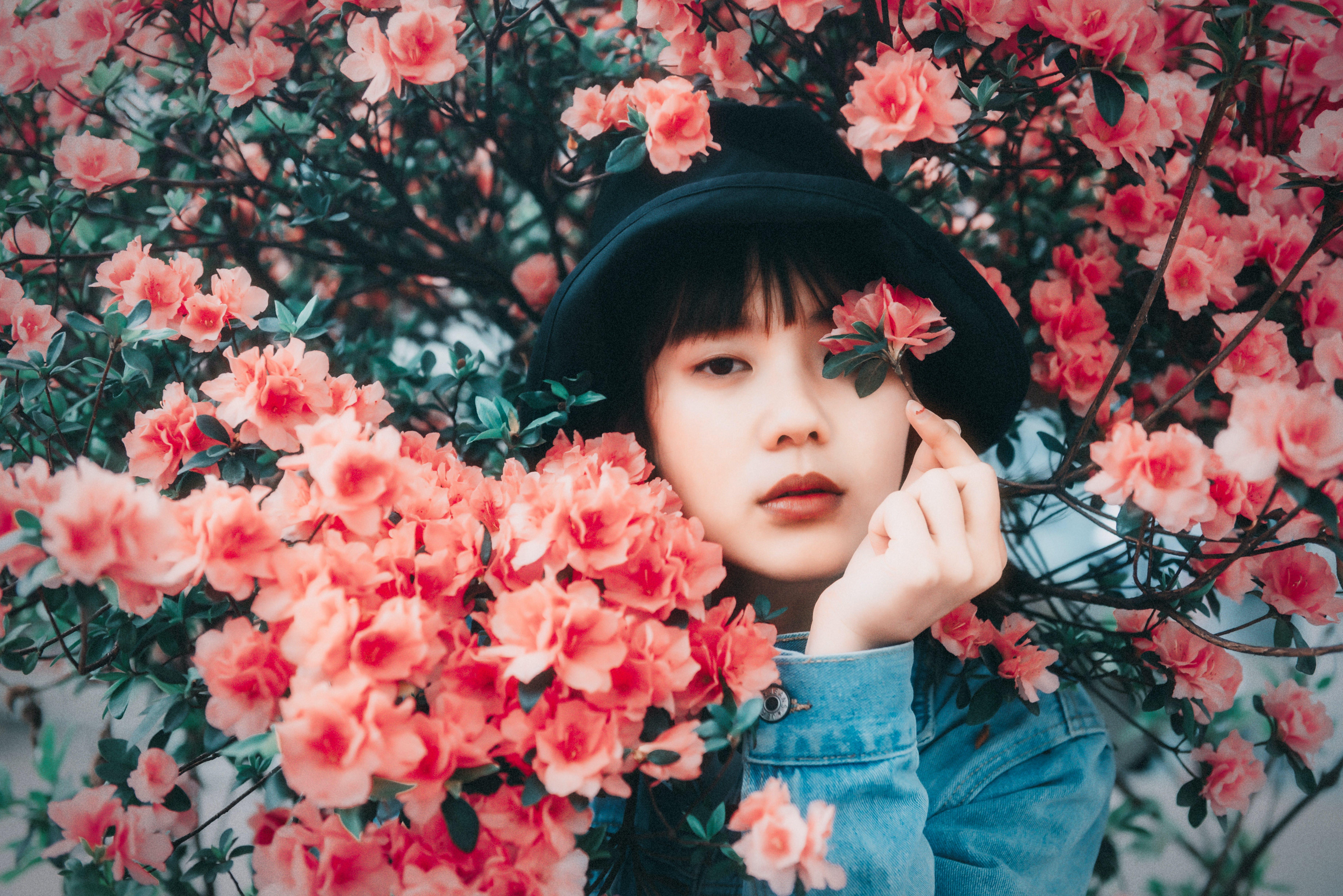 asiatisk kvinde, blomster, blomstrende