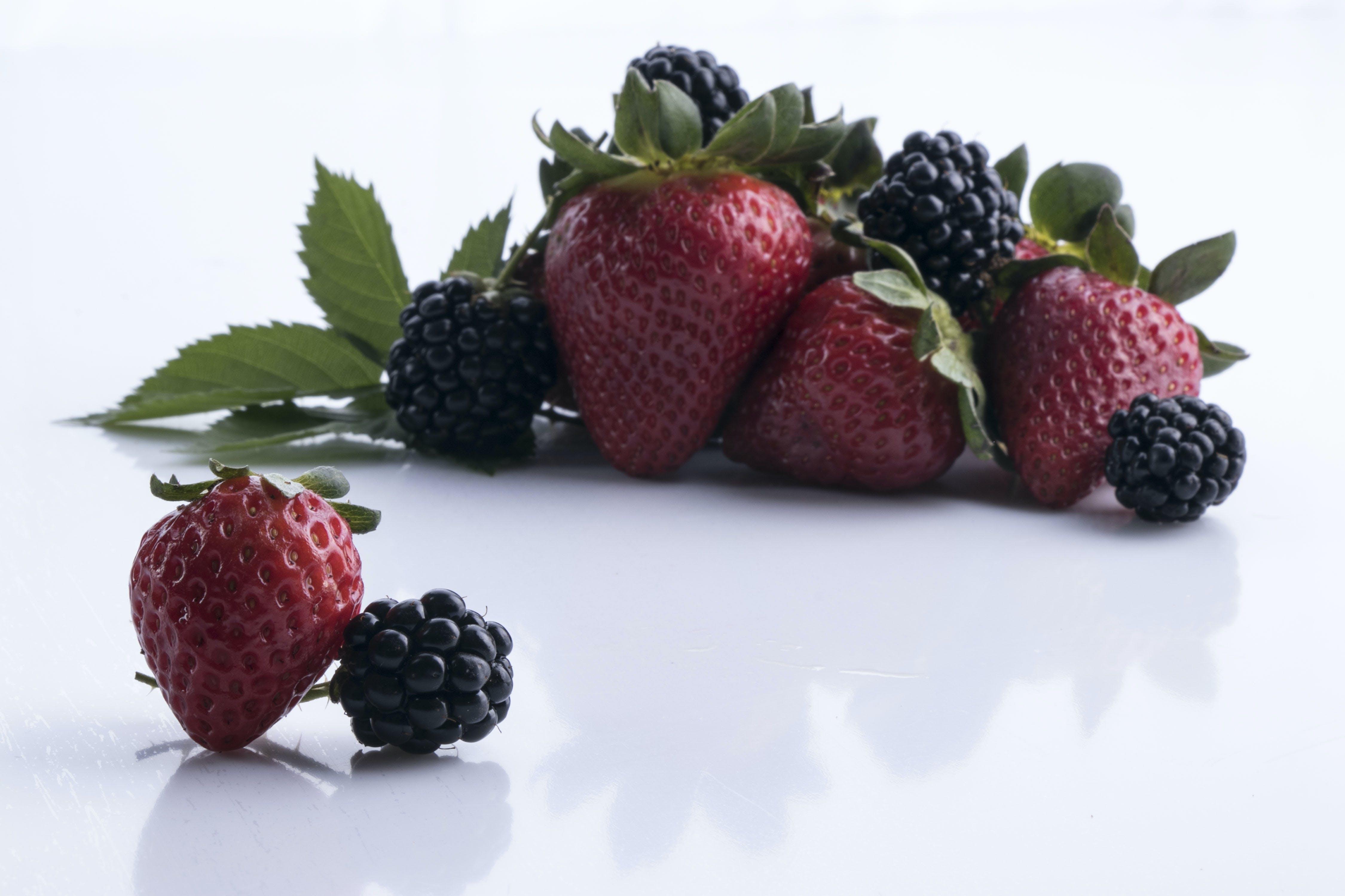Základová fotografie zdarma na téma blackberry, bobule, jahoda, jídlo