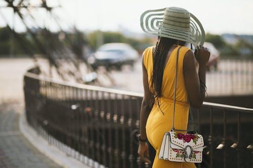 Immagine gratuita di alla moda, cappelli, cappello, concentrarsi