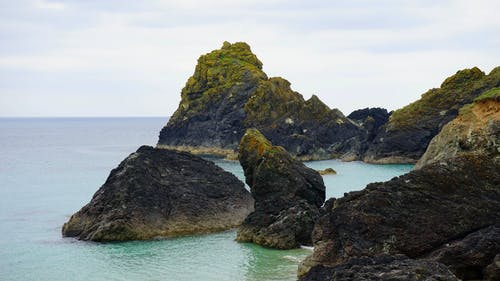 Photos gratuites de baie, bord de mer, cailloux, ciel